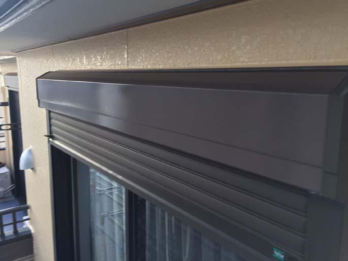 外壁塗装工事のシャッターBOXの塗装後