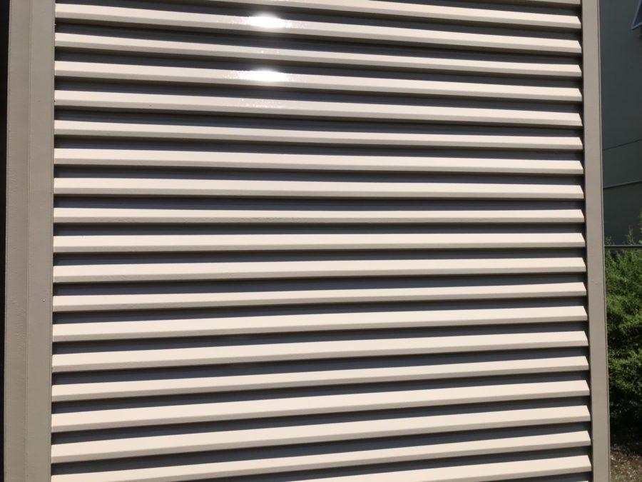 愛知県の外壁塗装工事の雨戸の塗装後