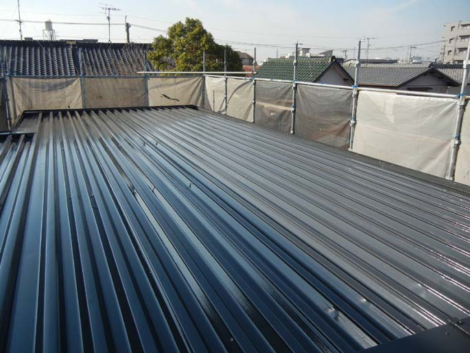 屋根の塗装工事の施工後