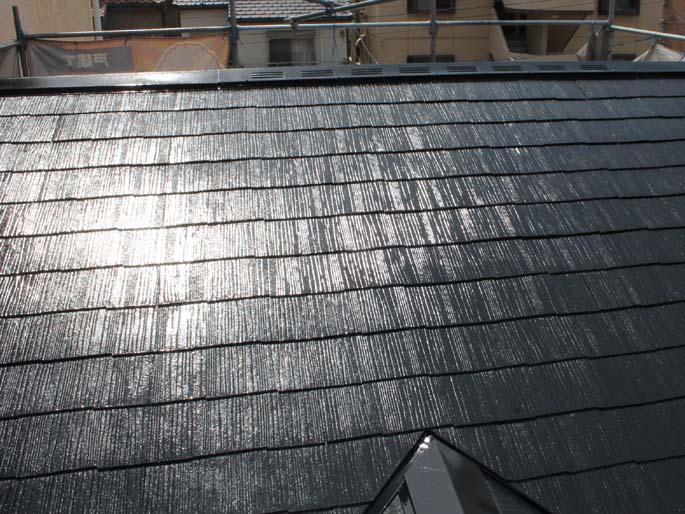 屋根塗装工事の施工後の写真
