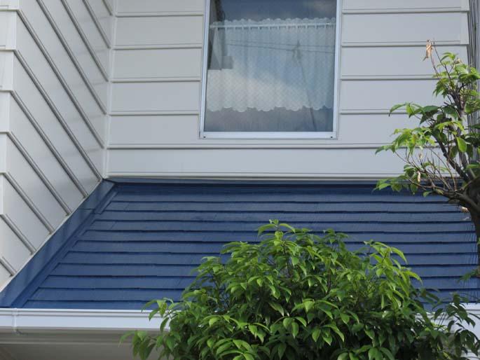 外壁塗装工事の屋根の塗装後の写真