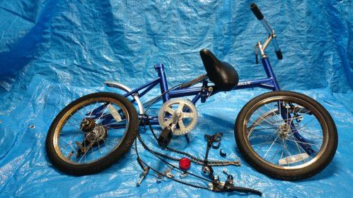 自転車 解体 塗装前