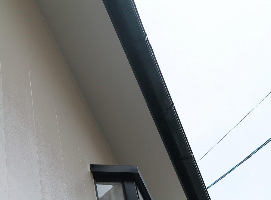 外壁塗装工事の軒天の塗装後