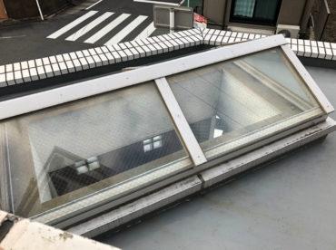 名古屋市バルコニーのウレタン密着防水塗装工事の施工前の写真